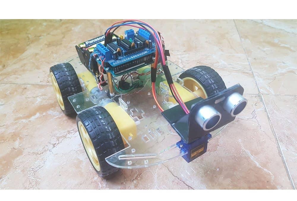 Robot esquiva obstáculos